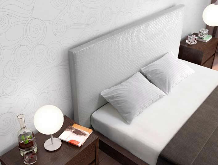 Chambre complete cashotel for Mobilier de chambre complet