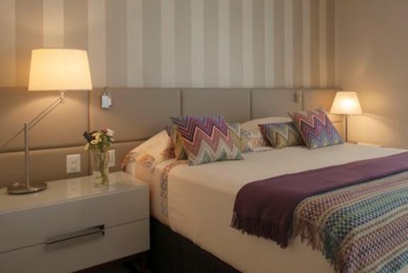 t te de lit op ra en simili cuir. Black Bedroom Furniture Sets. Home Design Ideas